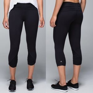 Rare! Lululemon Black Embrace Crop Legging 8